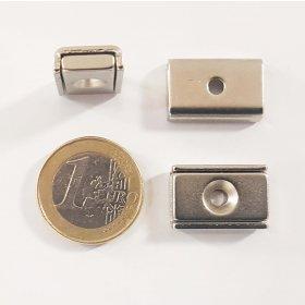 Imán de neodimio rectangular con orificio de fijación 20 x 13,5 mm