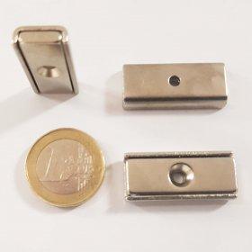 magnete al neodimio rettangolare con foro di fissaggio 30 x 13,5 mm