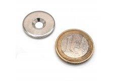 Disco de metal con agujero biselado Ø20mm