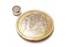 Neodymium magnetic discs Ø0,24 x 0,16in